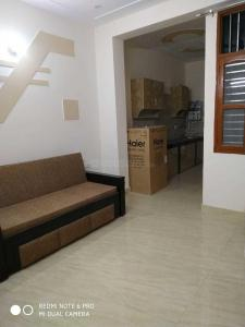 Gallery Cover Image of 600 Sq.ft 1 BHK Independent Floor for rent in Sector 49 for 22000