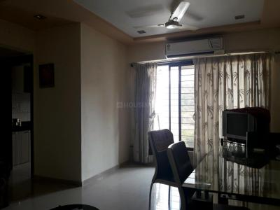 Gallery Cover Image of 960 Sq.ft 2 BHK Apartment for rent in Kandivali East for 33000
