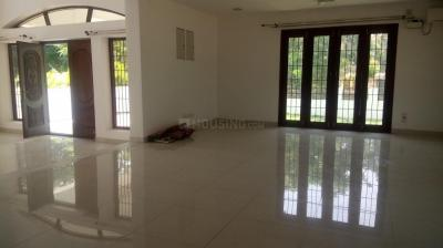 Gallery Cover Image of 6000 Sq.ft 4 BHK Villa for rent in Panaiyur for 150000