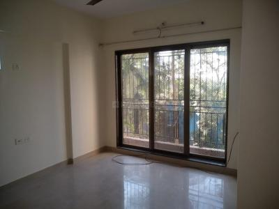Gallery Cover Image of 610 Sq.ft 1 BHK Apartment for rent in Bali Residency , Malad West for 20000