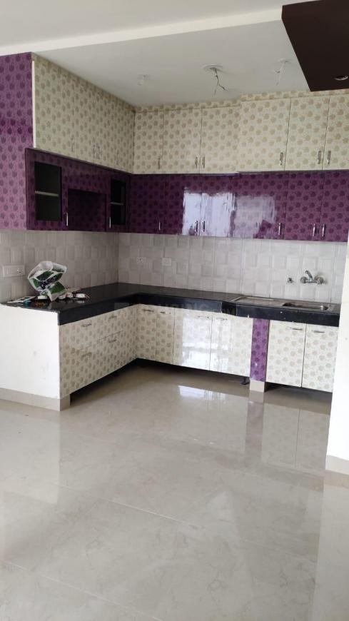 Kitchen Image of 1300 Sq.ft 3 BHK Apartment for rent in Pandav Nagar for 12000