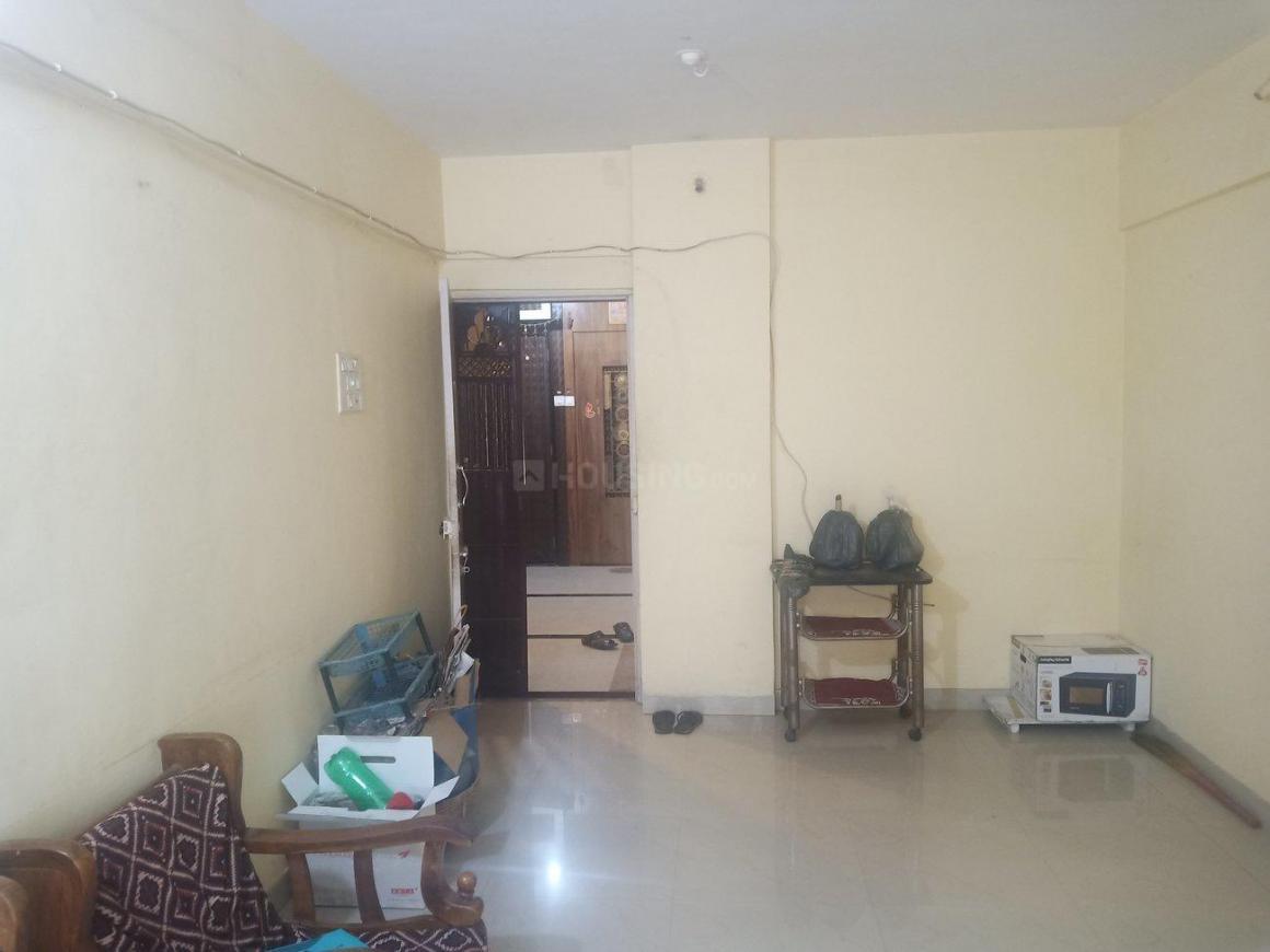 Living Room Image of 950 Sq.ft 2 BHK Apartment for rent in Kopar Khairane for 24000