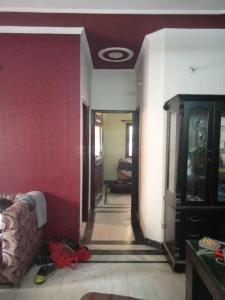 Gallery Cover Image of 800 Sq.ft 2 BHK Independent Floor for rent in Shakarpur Khas for 20000