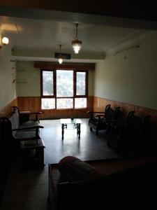 Gallery Cover Image of 1050 Sq.ft 2 BHK Independent Floor for buy in New Shimla for 5500000