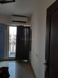 Gallery Cover Image of 1300 Sq.ft 3 BHK Apartment for rent in Noida Extension for 11000