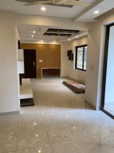 Gallery Cover Image of 1500 Sq.ft 3 BHK Apartment for rent in Bengal Peerless Avidipta, Mukundapur for 40000