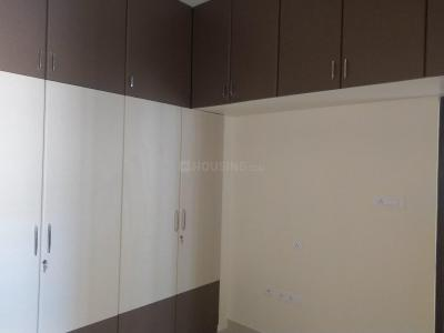 Gallery Cover Image of 944 Sq.ft 2 BHK Apartment for rent in Korattur for 20000