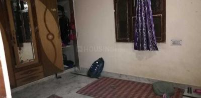 Gallery Cover Image of 350 Sq.ft 1 BHK Independent Floor for rent in Sector 25 Rohini for 6500