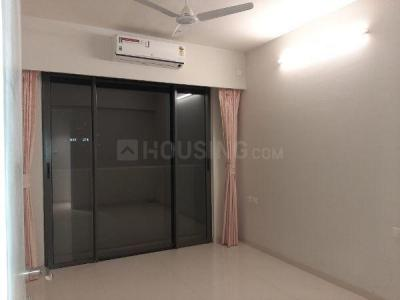 Gallery Cover Image of 1500 Sq.ft 4 BHK Apartment for rent in Bandra East for 190000
