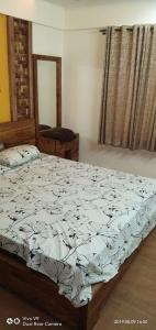 Gallery Cover Image of 1050 Sq.ft 2 BHK Apartment for rent in Kadubeesanahalli for 50000