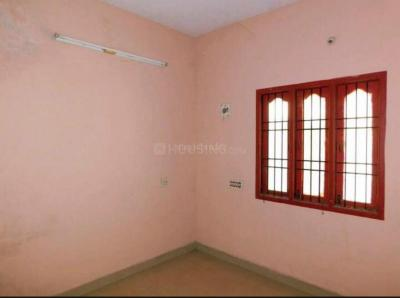 Gallery Cover Image of 1300 Sq.ft 3 BHK Independent House for rent in Medavakkam for 16500