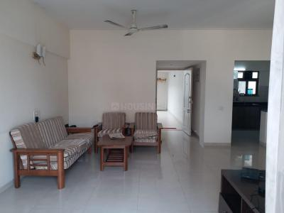 Gallery Cover Image of 1200 Sq.ft 2 BHK Apartment for rent in Clover Park View, Koregaon Park for 30000