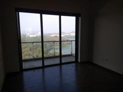 Gallery Cover Image of 985 Sq.ft 2 BHK Apartment for rent in L And T Emerald Isle, Powai for 45000