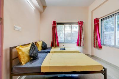 Bedroom Image of Oyo Life Kol1603 in Keshtopur