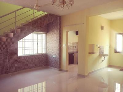 Gallery Cover Image of 1200 Sq.ft 3 BHK Apartment for rent in Porur for 22000