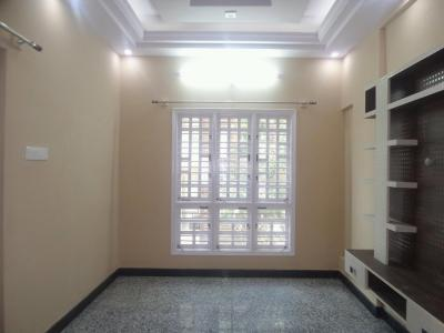 Gallery Cover Image of 500 Sq.ft 1 BHK Apartment for rent in J P Nagar 7th Phase for 12000