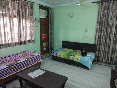 Gallery Cover Image of 800 Sq.ft 1 BHK Independent House for rent in RWA Block K Lajpat Nagar 2, Lajpat Nagar for 18000