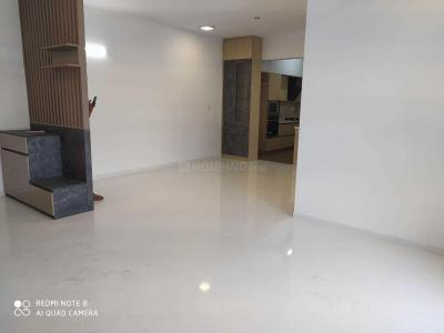 Gallery Cover Image of 2000 Sq.ft 3 BHK Apartment for buy in Sheshadripuram for 22500000