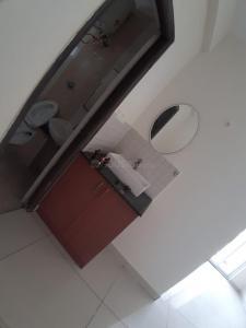Gallery Cover Image of 1600 Sq.ft 3 BHK Apartment for rent in Garuda Star Field, Mahadevapura for 24800