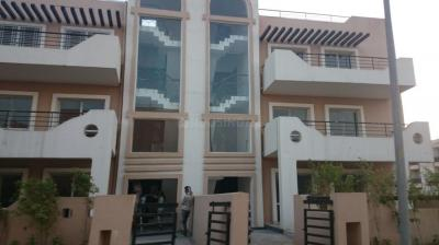 Gallery Cover Image of 2475 Sq.ft 3 BHK Independent Floor for rent in Sector 81 for 14000
