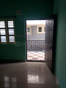 Gallery Cover Image of 650 Sq.ft 1 RK Independent Floor for rent in Kadugodi for 8000
