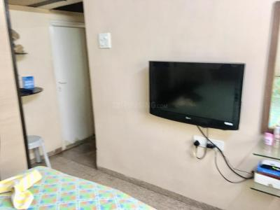 Gallery Cover Image of 500 Sq.ft 1 BHK Apartment for rent in Borivali West for 27000
