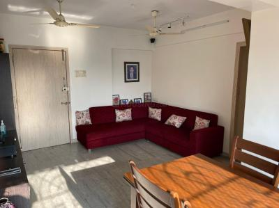 Gallery Cover Image of 870 Sq.ft 2 BHK Apartment for buy in Kandivali West for 15000000