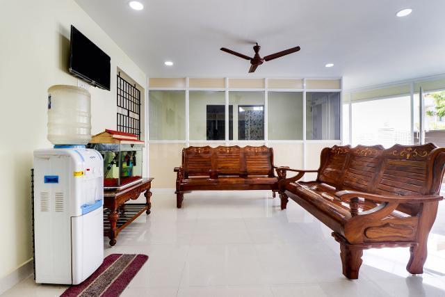 Living Room Image of Oyo Life Chn1184 Nr Elcot It Park in Perumbakkam