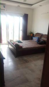 Gallery Cover Image of 1350 Sq.ft 3 BHK Apartment for rent in New Kalyani Nagar for 46000