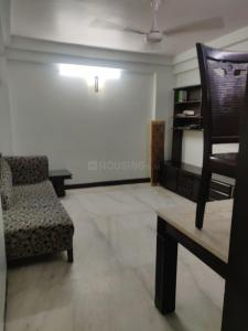 Gallery Cover Image of 660 Sq.ft 2 BHK Apartment for buy in Bandra West for 30000000