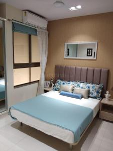 Gallery Cover Image of 400 Sq.ft 1 BHK Apartment for buy in Shivalik Bandra North Gulmohar Avenue, Khar East for 8200000