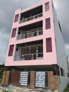Gallery Cover Image of 1000 Sq.ft 2 BHK Apartment for buy in Seema Dwar for 3600000