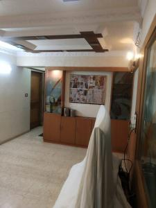 Gallery Cover Image of 2000 Sq.ft 4 BHK Apartment for buy in Venus, Worli for 60000000