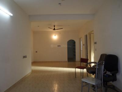 Gallery Cover Image of 2600 Sq.ft 5 BHK Apartment for rent in Velachery for 40000