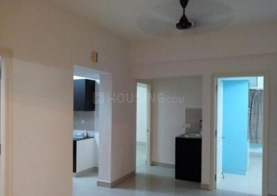 Gallery Cover Image of 1250 Sq.ft 2 BHK Apartment for rent in Choolaimedu for 25000