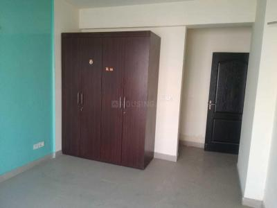 Gallery Cover Image of 1670 Sq.ft 3 BHK Apartment for rent in Vaibhav Khand for 16000