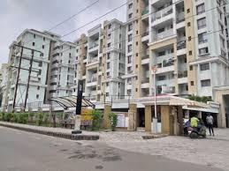 Gallery Cover Image of 1400 Sq.ft 3 BHK Apartment for rent in Magarpatta Roystonea, Magarpatta City for 25000
