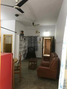 Gallery Cover Image of 695 Sq.ft 2 BHK Apartment for rent in Miyapur for 11000