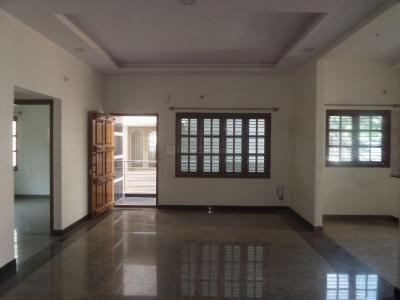 Gallery Cover Image of 1450 Sq.ft 3 BHK Independent Floor for rent in Yeshwanthpur for 25000