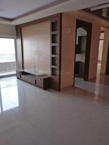 Gallery Cover Image of 1950 Sq.ft 3 BHK Apartment for rent in Purvanchal Royal Park, Sector 137 for 30000