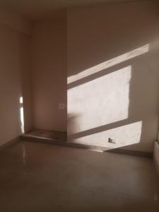 Gallery Cover Image of 890 Sq.ft 2 BHK Apartment for rent in Supertech Ecovillage, Noida Extension for 8000