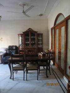 Gallery Cover Image of 2600 Sq.ft 5 BHK Villa for buy in Unitech South City 1, Sector 41 for 36800000