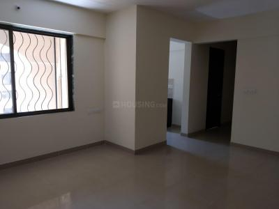 Gallery Cover Image of 1150 Sq.ft 3 BHK Apartment for rent in Mahalunge for 15000