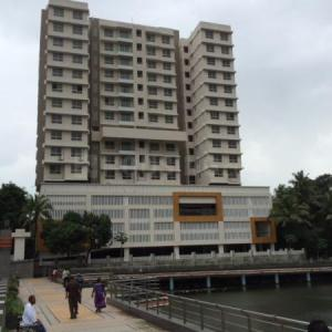 Gallery Cover Image of 640 Sq.ft 1 BHK Apartment for buy in Jogeshwari East for 14000000