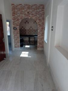 Gallery Cover Image of 1200 Sq.ft 3 BHK Apartment for buy in Bijoygarh for 4200000