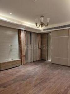 Gallery Cover Image of 2500 Sq.ft 3 BHK Apartment for rent in Mahagun Mezzaria, Sector 78 for 50000