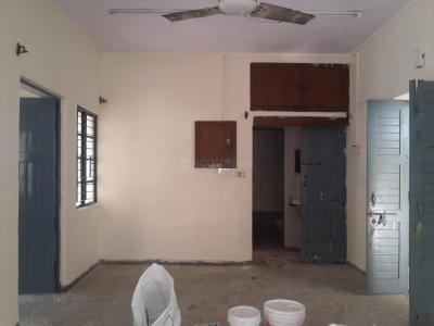 Gallery Cover Image of 750 Sq.ft 1 BHK Apartment for buy in Sheikh Sarai for 5500000