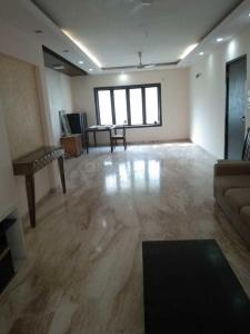 Gallery Cover Image of 1200 Sq.ft 2 BHK Apartment for rent in Santacruz West for 75000