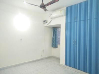 Gallery Cover Image of 1100 Sq.ft 2 BHK Apartment for rent in Vasant Kunj for 32000