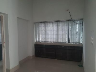 Gallery Cover Image of 1500 Sq.ft 2 BHK Apartment for rent in Lake Gardens for 35000